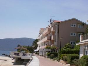 Pansion Savina, Herceg Novi