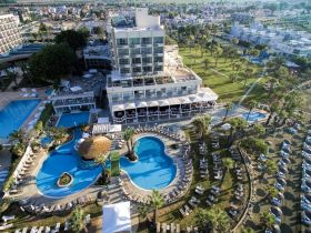 Hotel Golden Bay Beach 5*****, Larnaka